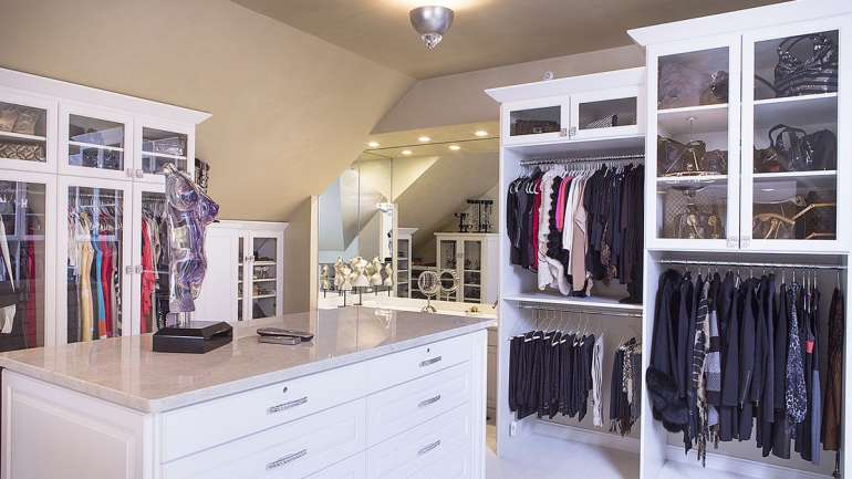 White Full Closet with Island