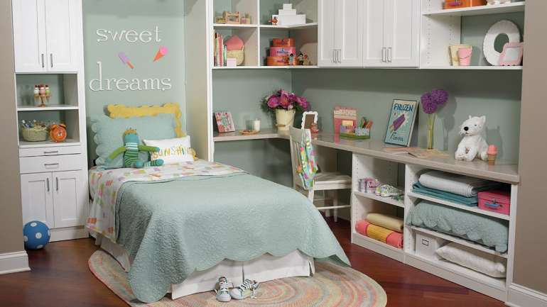 Girl's Room with Wall Bed